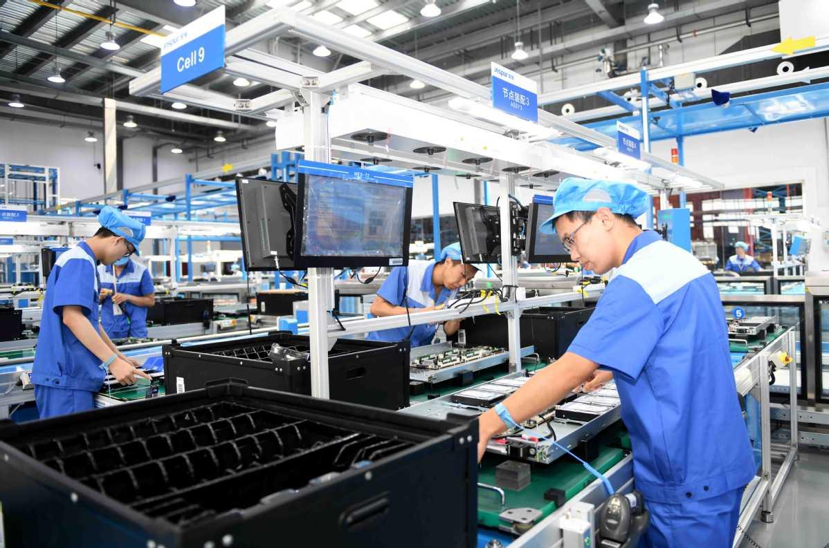 màng bảo vệ dùng trong nhà máy sản xuất điện tử